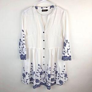 Reborn Dress Womens Size Large White Blue Floral